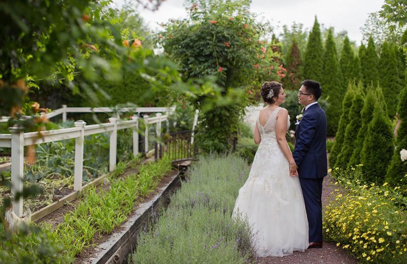 Weddings at The Inn at Leola Village.