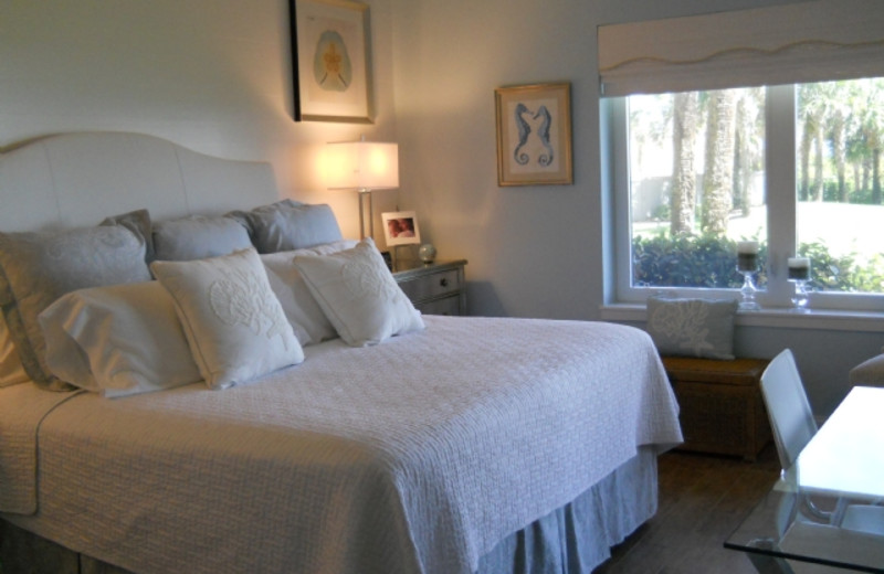 Rental bedroom at Amelia Island Rentals, Inc.