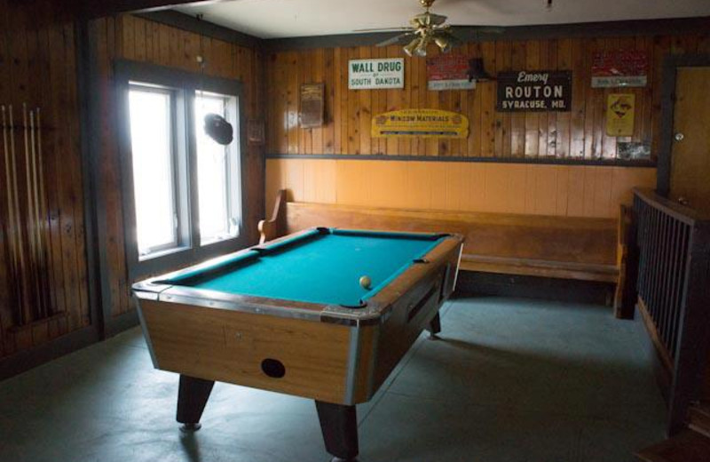 Lounge billiards at Hunter's Hot Springs Resort.
