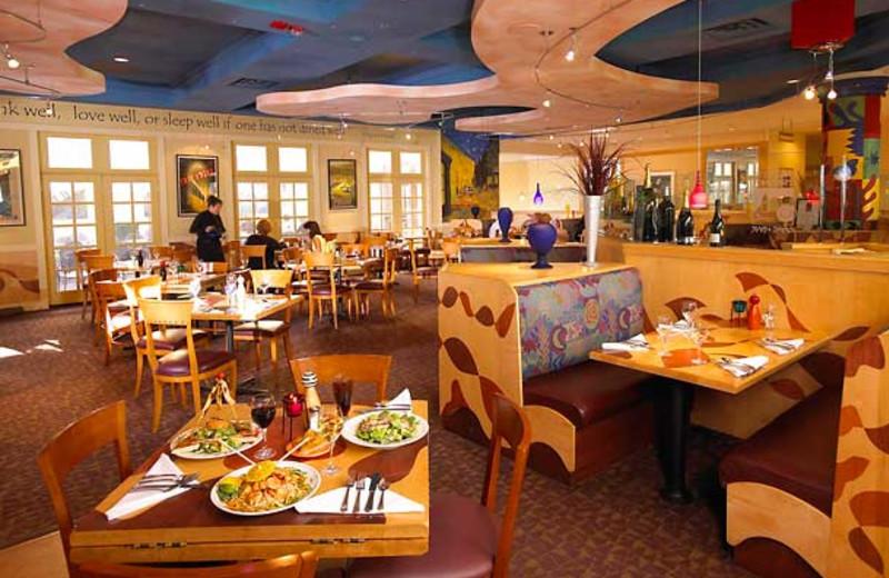 Dining at Detroit Marriott Livonia.