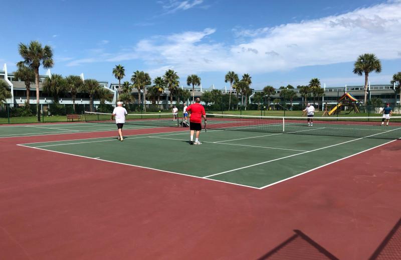 Tennis court at Sunnyside Resort Rental Company.