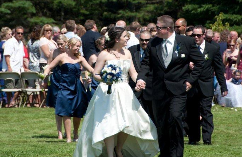Jackson's Lodge, Canaan, Vermont sprawling meadow makes for an enchanting setting for wedding vows to be shared amoungst loved ones.