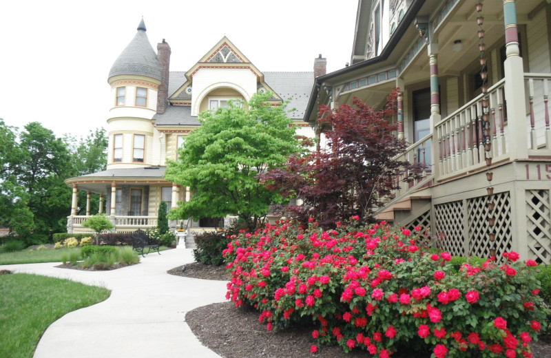 Exterior view of Queen Anne Mansion and Resort.
