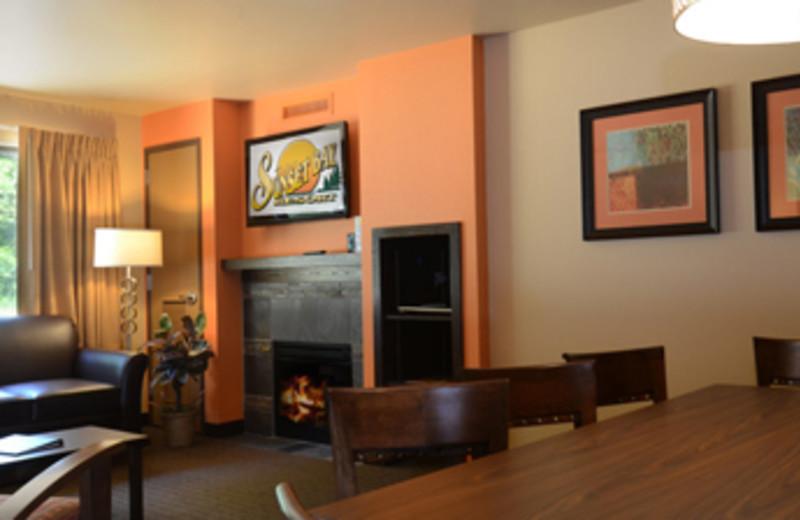 Guest room interior at Baker's Sunset Bay Resort.