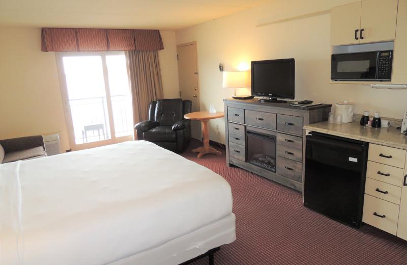Guest room at Harbor Shores on Lake Geneva.
