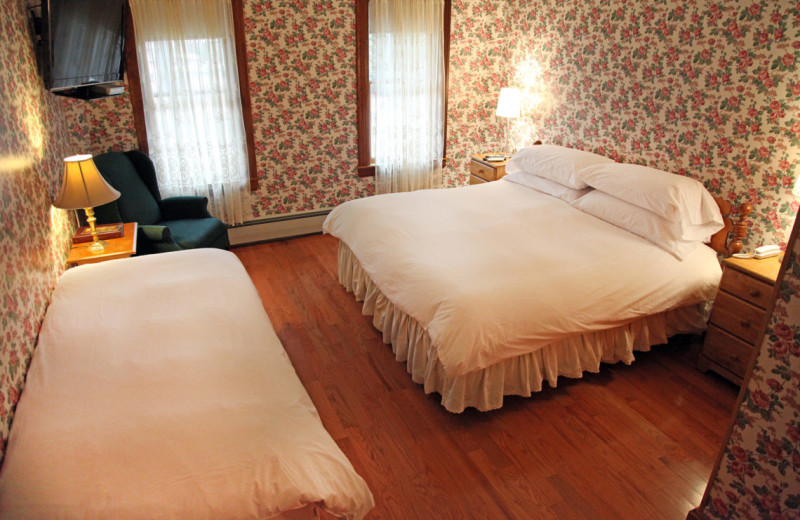 Guest room at Albergo Allegria.