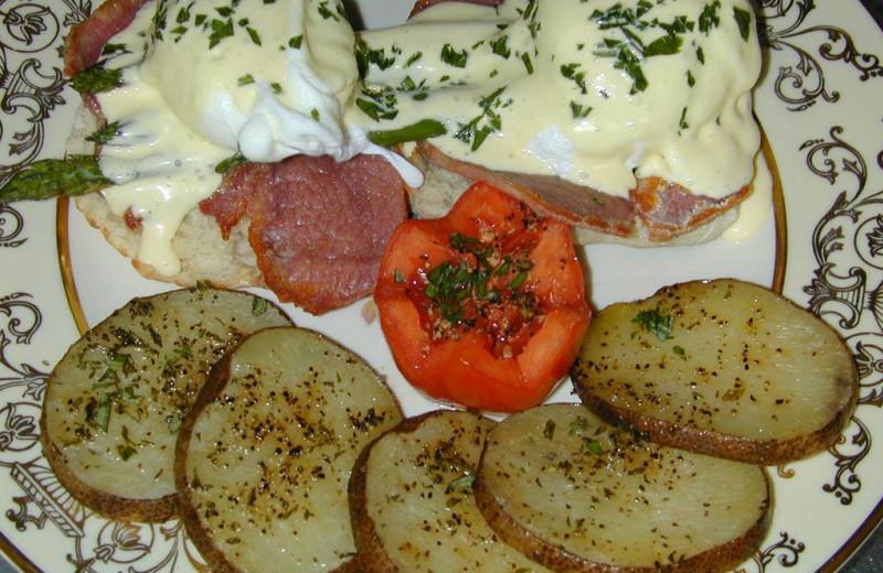 Breakfast at Grace Manor Inn.