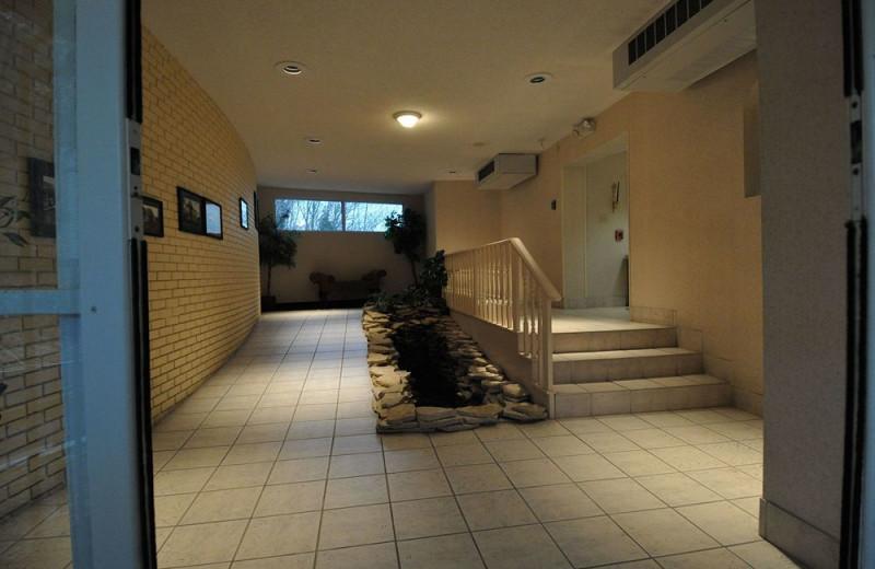 Interior view of Hillside Inn.