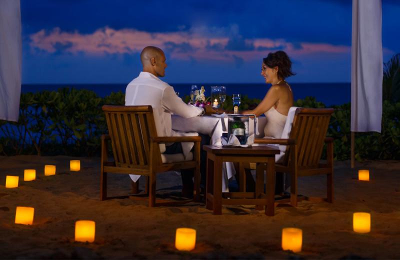 Romantic dining at The Oberoi Bali.