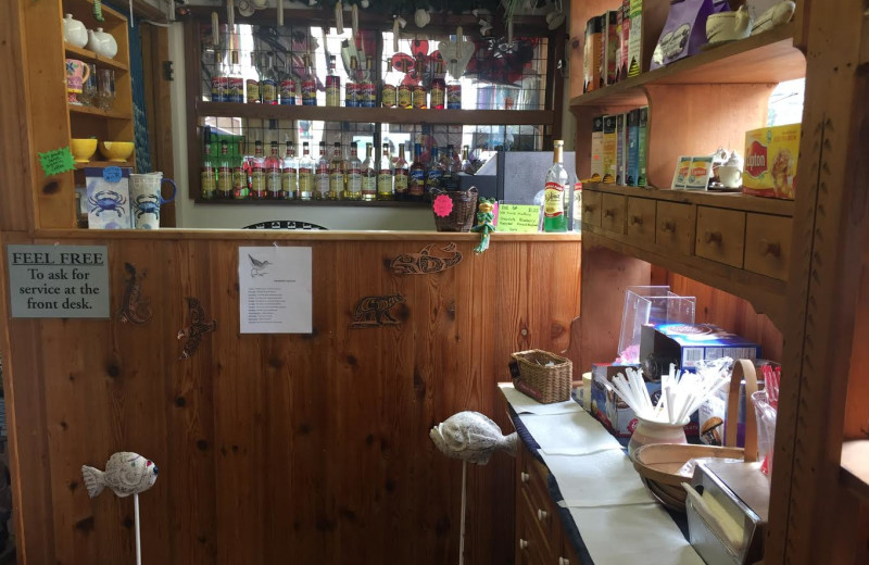 Bar service at Sandpiper Beach Resort.