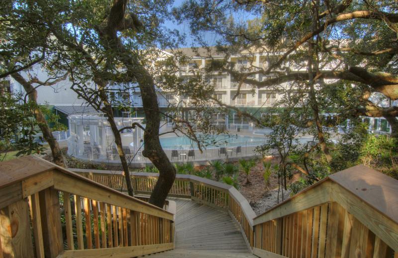 Exterior view of Hampton Inn & Suites Jekyll Island.