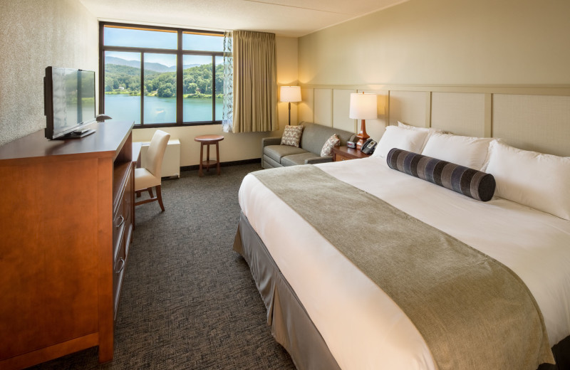 The Terrace hotel at Lake Junaluska Conference and Retreat Center offers king rooms with lake views.