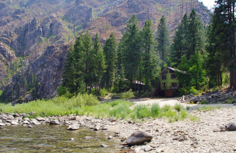 Exterior view of Salmon River Tours.
