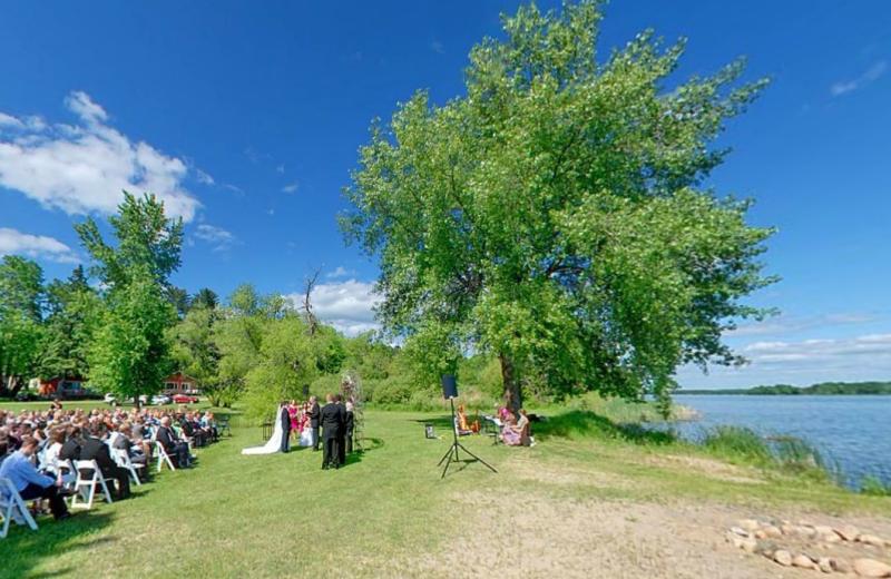 Wedding ceremony at Hiawatha Beach Resort.
