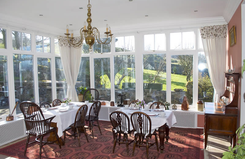 Dining room at Nivingston Country House.
