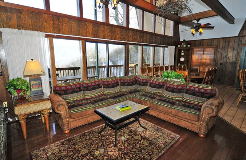 Smoky Mountains Cabin Als Pet Friendly Mountain
