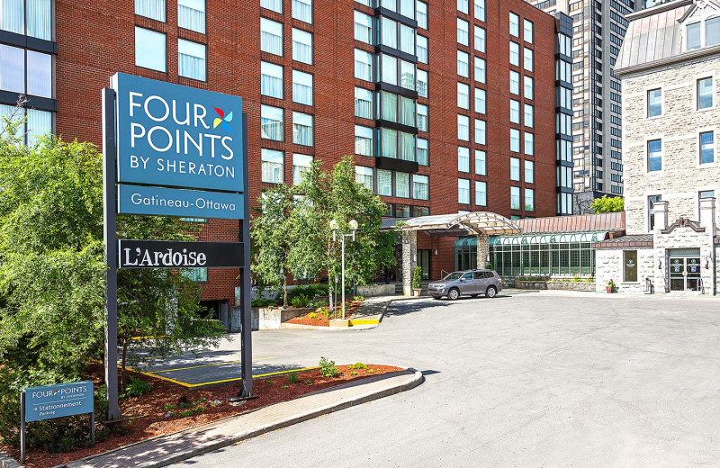 Exterior view of Four Points by Sheraton & Conference Centre Gatineau - Ottawa.