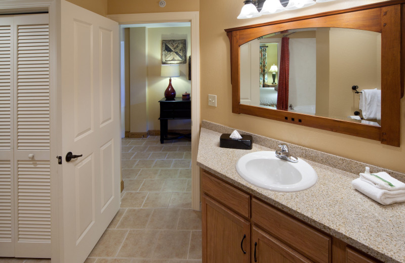 Guest bathroom at Holiday Inn Club Vacations Smoky Mountain Resort.