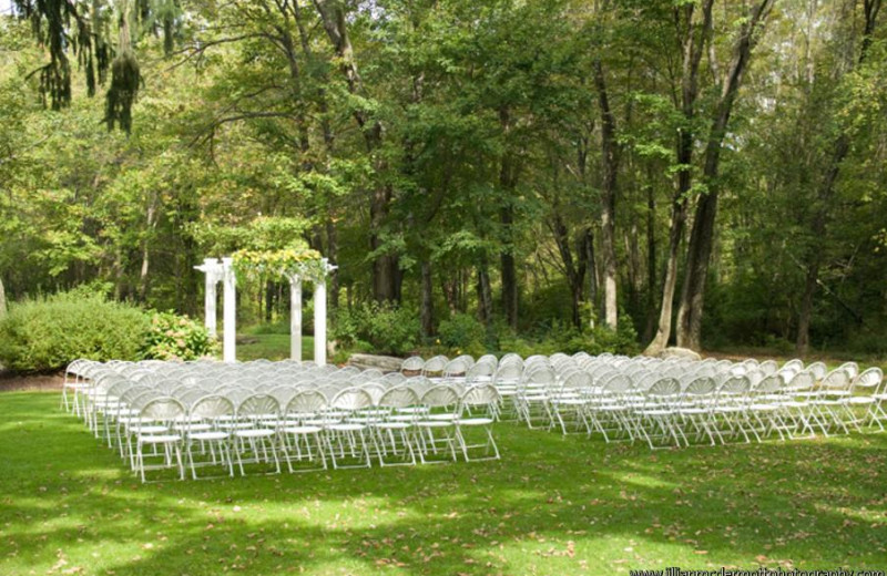 Wedding ceremony at Mountain Springs Lake Resort.
