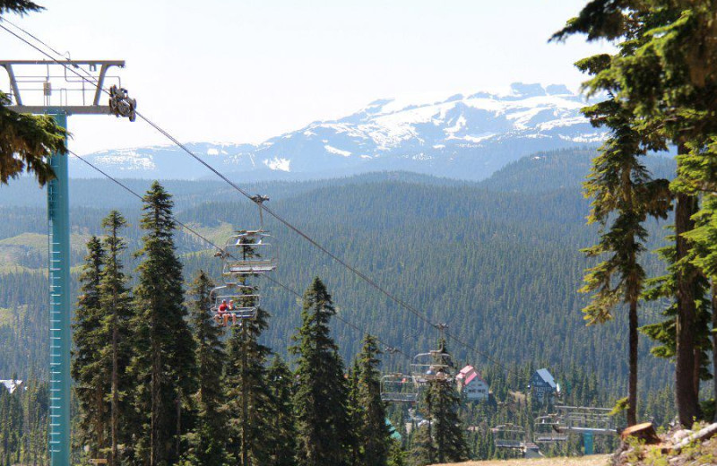 Ski lift at Mt. Washington Alpine Resort.