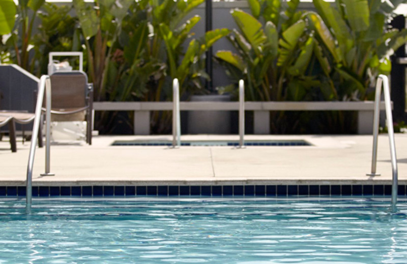 Outdoor Swimming Pool at Hyatt Place Orlando Airport