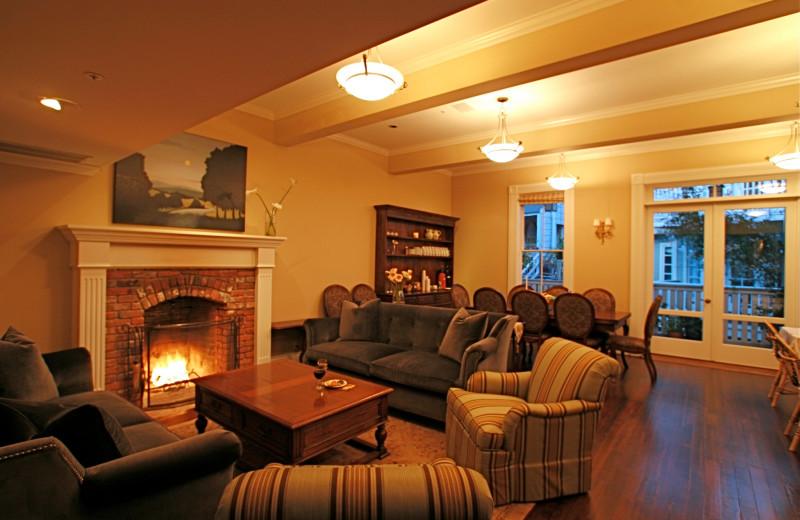 Interior view of Gables Inn.