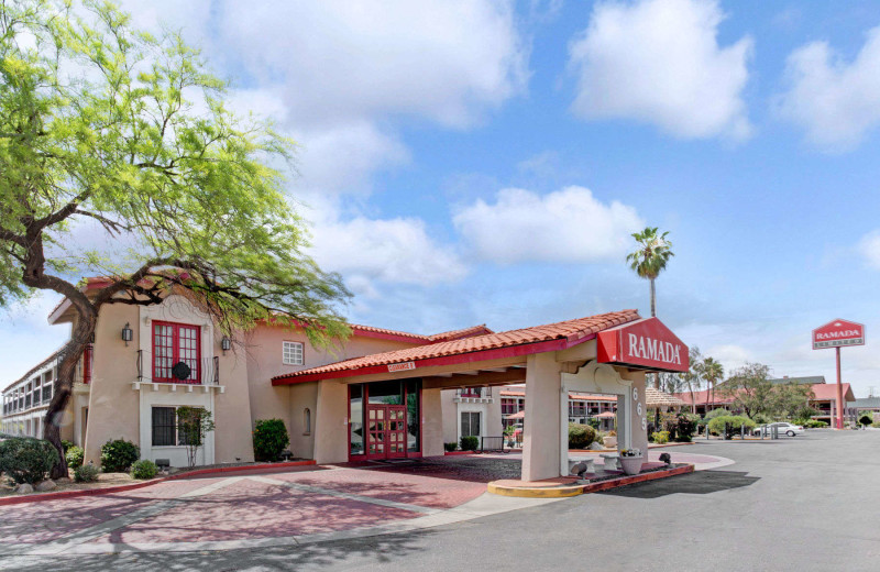 Exterior view of Ramada Limited Tucson West.