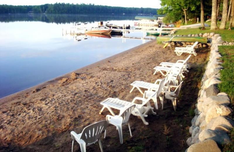 Van's Knotty Pine Cottage (Eagle River, WI) - Resort Reviews