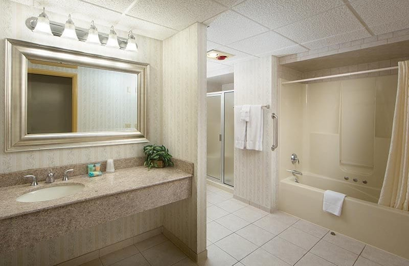 Guest bathroom at Villa Roma Resort and Conference Center.
