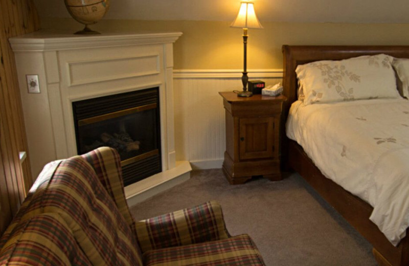 Guest room at Mountaintop Lodge at Lake Naomi.