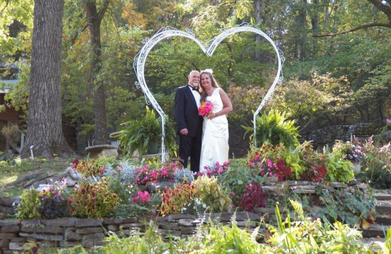 Wedding Trellis at Red Bud Valley Resort