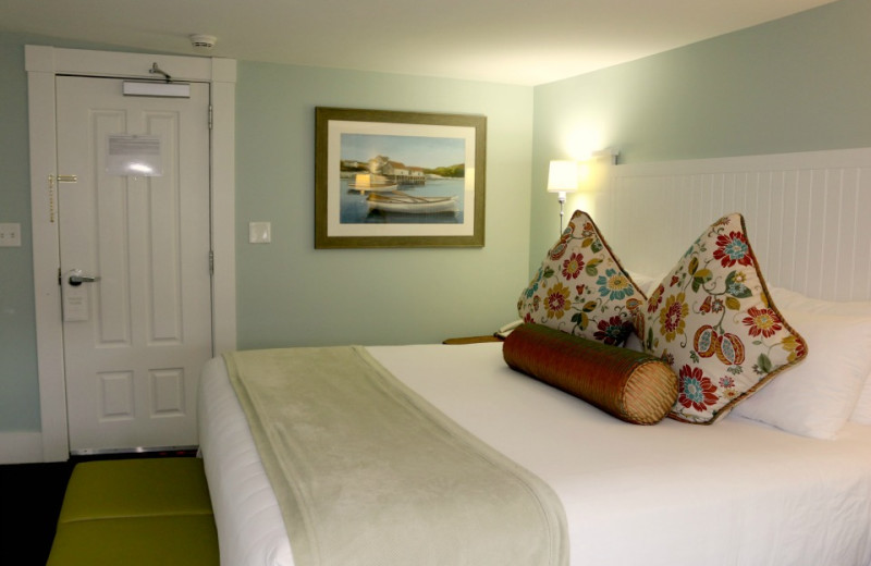 Guest room at The Colonial Inn.