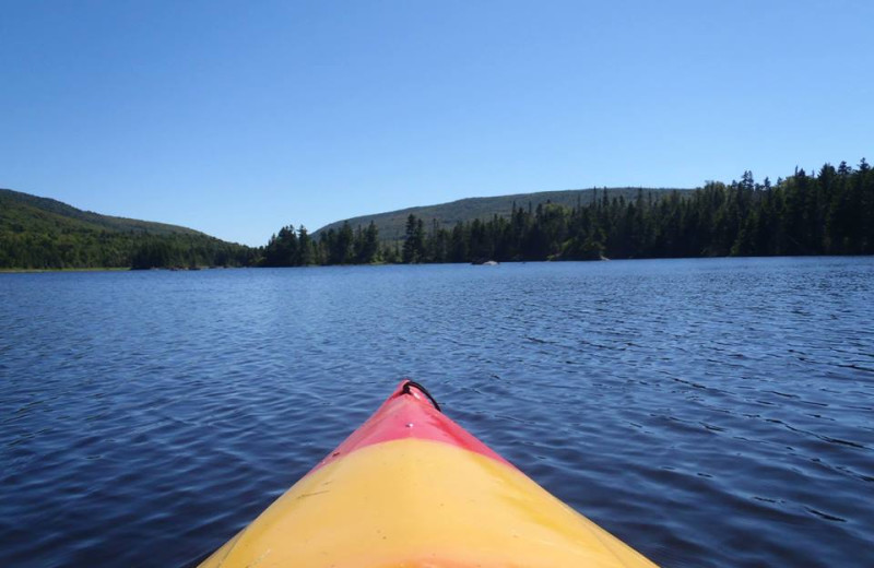 Lake kayaking at Franconia Notch Vacations Rental & Realty.