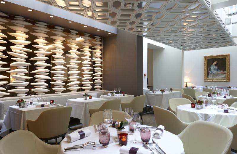 Dining room at Hotel De Sers.