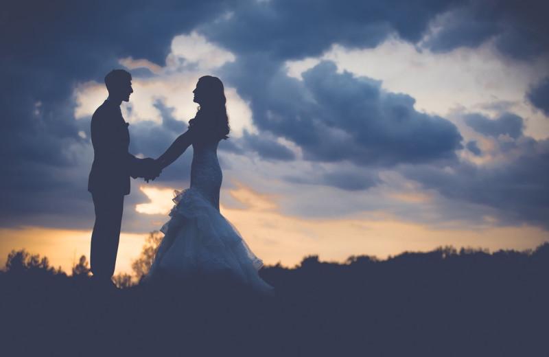 Weddings at Cascade Village Condominiums.