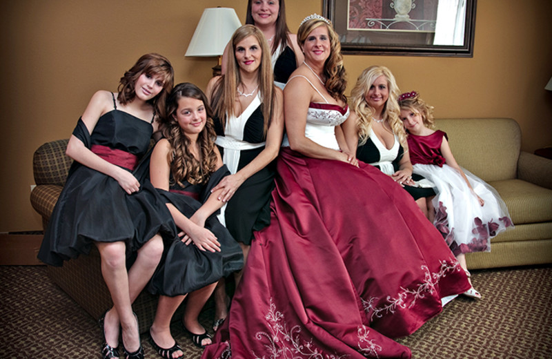 Bridal party at Mountain Lodge & Conference.
