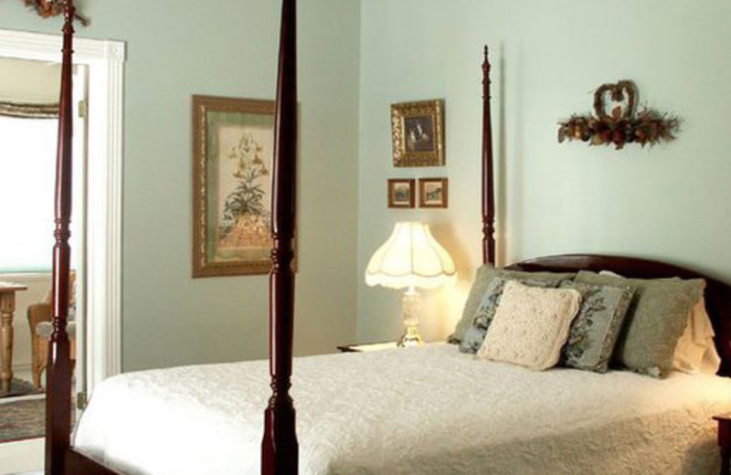 Guest room at Rose Hill Manor.