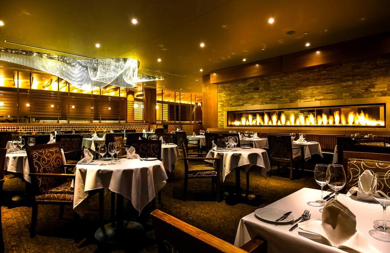 Dining at Sparkling Hill Resort.