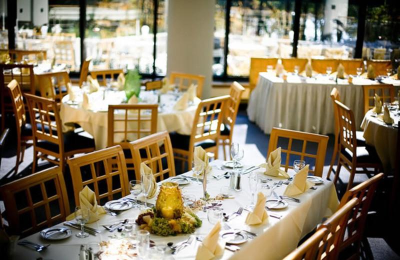 Dining room at Oak Ridge.