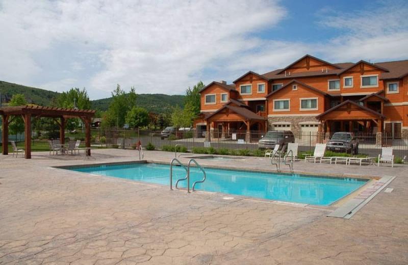 Outdoor pool at Lakeside Resort Properties.
