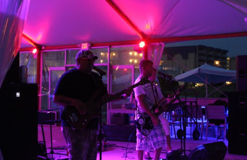 Live music near Icona Cape May.