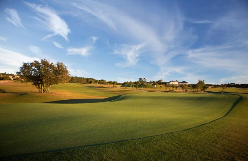 Golf course near Orlando Sunshine Villas.