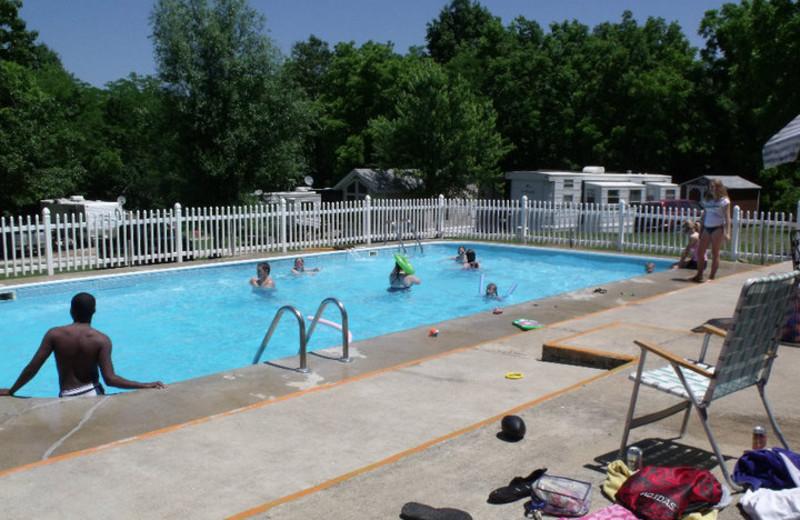 Outdoor pool at Goody's Resort & RV Park.