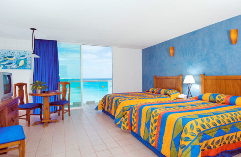 Guest room at Hotel BelleVue Beach Paradise.