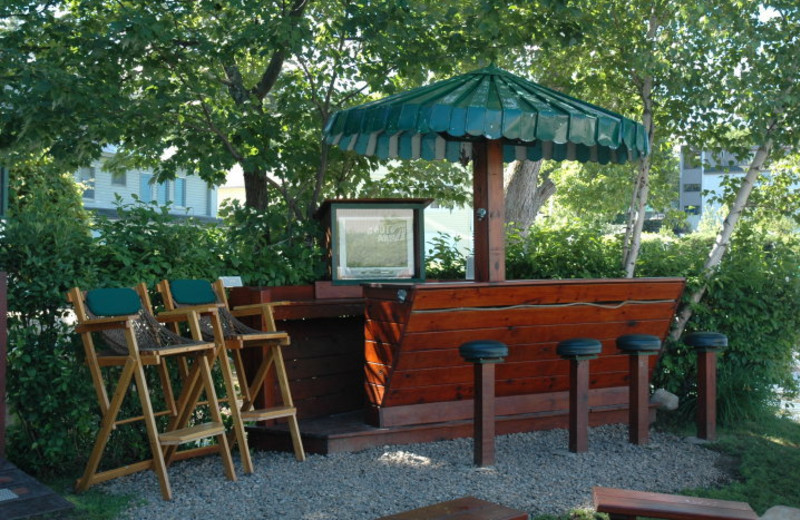 Riverfront Bar at Channel Waterfront Cottages