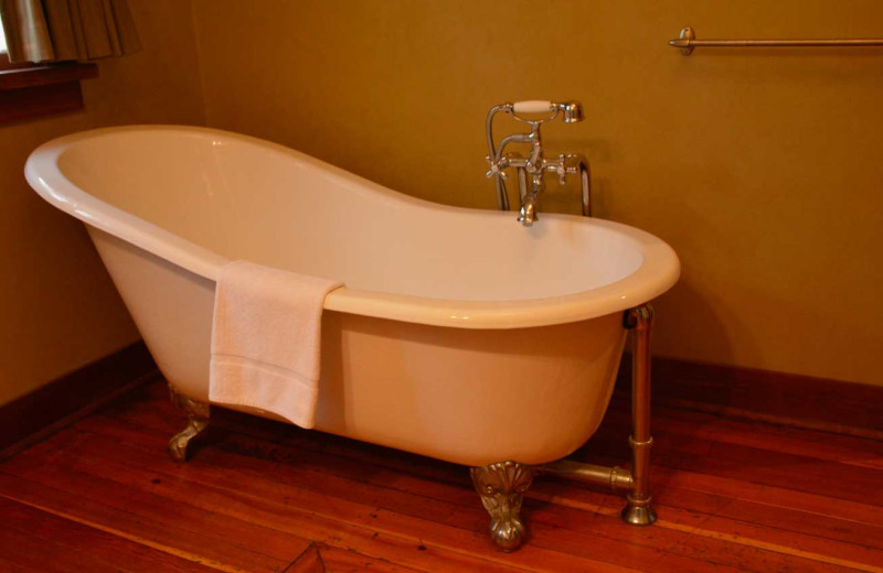 Cabin bath tub at Johnston Canyon Lodge & Bungalows.