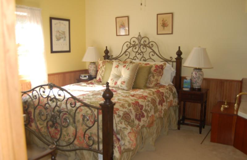 Ella's Room at Xanadu Island Bed & Breakfast and Resort.