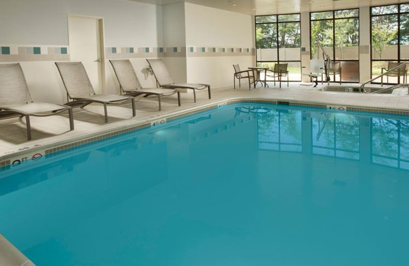 Indoor Swimming Pool at Courtyard by Marriott Waldorf