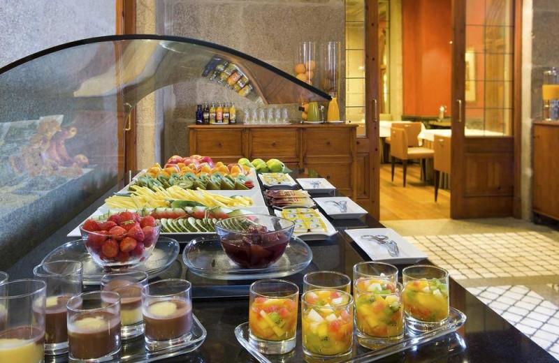 Dining at  Hotel NH Palacio de Vigo.