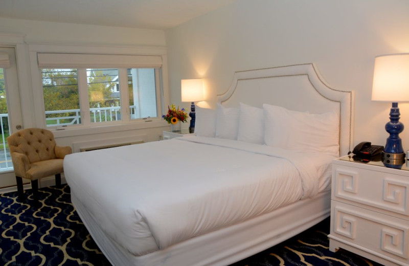Guest room at Icona Cape May.